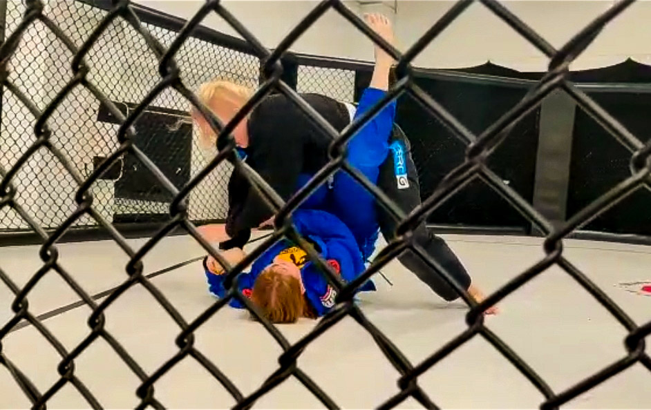 BJJ Cage Fight
